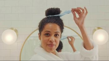 Olay Daily Facials TV Spot, 'I Can't Wait to Wash My Face, The Musical' - Thumbnail 6