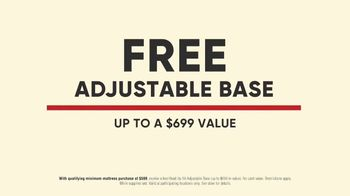 Mattress Firm Labor Day Sale TV Spot, 'Back for Everyone' - Thumbnail 5