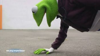 WE.org TV Spot, 'Kermit the Frog Wants to Karaoke With You!' - Thumbnail 6