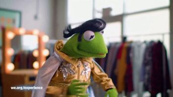 WE.org TV Spot, 'Kermit the Frog Wants to Karaoke With You!' - Thumbnail 7