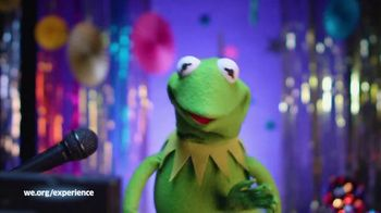 WE.org TV Spot, 'Kermit the Frog Wants to Karaoke With You!' - Thumbnail 8