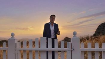 Esurance TV Spot, \'It's Surprisingly Painless\' Featuring Dennis Quaid