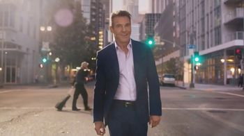 Esurance TV Spot, 'It's Surprisingly Painless' Featuring Dennis Quaid - Thumbnail 3