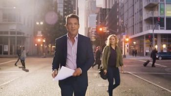Esurance TV Spot, 'It's Surprisingly Painless' Featuring Dennis Quaid - Thumbnail 4