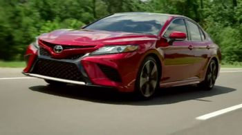2018 Toyota Camry TV Spot, 'Jaw-Dropping Design' [T1] - Thumbnail 6