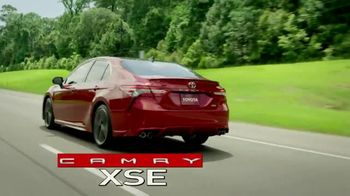 2018 Toyota Camry TV Spot, 'Jaw-Dropping Design' [T1] - Thumbnail 7
