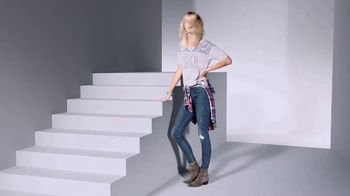 Macy's Fall Preview Sale TV Spot, 'Be the First' - Thumbnail 7