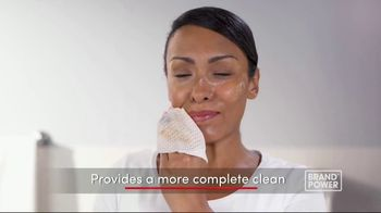 Olay Daily Facials TV Spot, 'Convenient' - Thumbnail 8