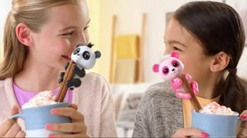 Fingerlings Baby Pandas TV Spot, 'So Cute It's Panda-Monium' - Thumbnail 3
