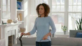 Febreze FABRIC Refresher Extra Strength TV Spot, 'Siempre fresco' [Spanish] - Thumbnail 2