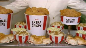 KFC $20 Fill Ups TV Spot, 'Applause' Featuring Jason Alexander - Thumbnail 6