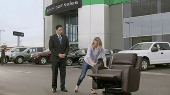 Enterprise Car Sales TV Spot, 'Any Trade-In' Featuring Kristen Bell - Thumbnail 4