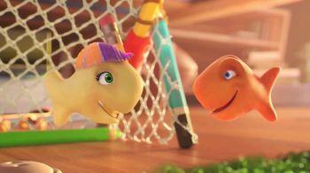Goldfish TV Spot, 'Brooke Ball'