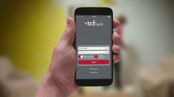 TCF Bank TV Spot, 'Retro Living Room' - Thumbnail 1