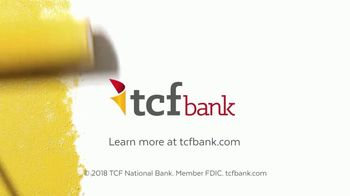 TCF Bank TV Spot, 'Retro Living Room' - Thumbnail 9