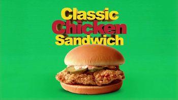 McDonald's 2 for $5 Mix & Match TV Spot, 'Duplica' [Spanish] - Thumbnail 3