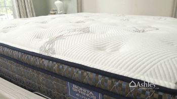 Ashley HomeStore TV Spot, 'Your Own Bed' - Thumbnail 4