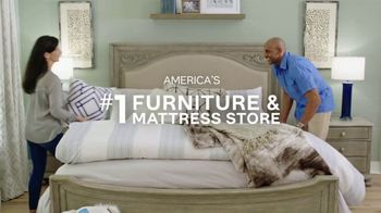 Ashley HomeStore TV Spot, 'Your Own Bed' - Thumbnail 6