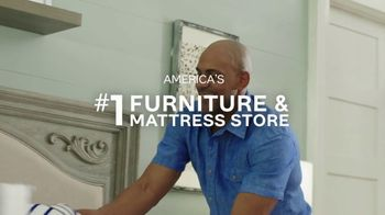 Ashley HomeStore TV Spot, 'Your Own Bed' - Thumbnail 7