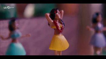LG G7 ThinQ TV Spot, 'Poolside: $750 Back' Song by Black Box - Thumbnail 7