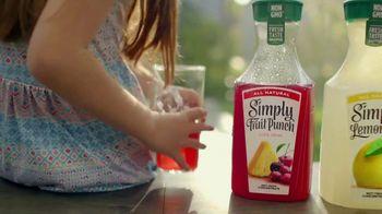 Simply Juice TV Spot, 'Summer Shower'