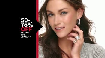 Macy's One Day Sale TV Spot, 'Fine Jewelry, Pillows and AirFryer' - Thumbnail 4