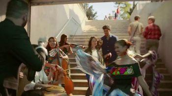 Corona Refresca TV Spot, 'Festival' - Thumbnail 6