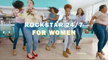 Old Navy 24/7 Denim TV Spot, 'Say Hi to 24/7 Denim for the Fam' - Thumbnail 5