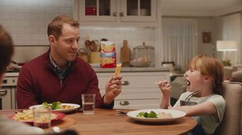Ore Ida Golden Crinkles TV Spot, 'Potato Pay' - Thumbnail 6