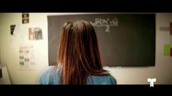 Telemundo TV Spot, 'El poder en ti: educación' con Jorge Bernal [Spanish] - Thumbnail 5