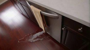 Stanley Steemer 24 Hour Emergency Water Restoration TV Spot, 'Fast' - Thumbnail 2