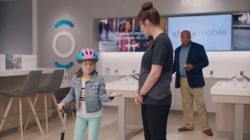 XFINITY TV Spot, 'Happy Place: Prepaid Card' - Thumbnail 5