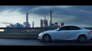 Lexus Golden Opportunity Sales Event TV Spot, 'Lap the Planet' [T1] - Thumbnail 5