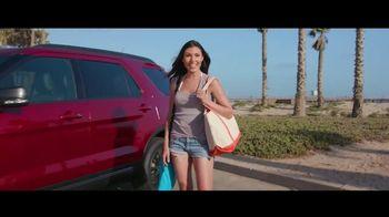 2018 Ford Explorer TV Spot, 'Modern, Active Lives' [T2] - Thumbnail 2
