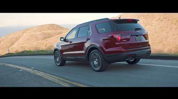 2018 Ford Explorer TV Spot, 'Modern, Active Lives' [T2] - Thumbnail 5