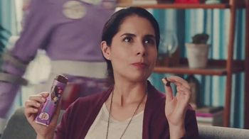 Protein One Chocolate Chip Protein Bars TV Spot, 'Firepoles' - Thumbnail 4