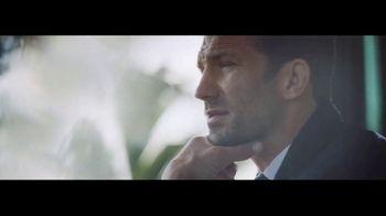 Ralph Lauren Polo Blue TV Spot, 'The Gift' Featuring Luke Rockhold - Thumbnail 5