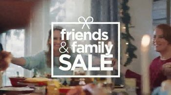 JCPenney Friends & Family Sale TV Spot, 'The Perfect Gift' - Thumbnail 5