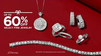 JCPenney Friends & Family Sale TV Spot, 'The Perfect Gift' - Thumbnail 7