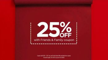 JCPenney Friends & Family Sale TV Spot, 'The Perfect Gift' - Thumbnail 8