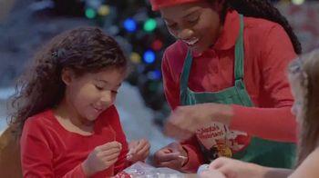 Bass Pro Shops TV Spot, 'AMC: Santa's Wonderland' - Thumbnail 8