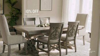 American Signature Furniture Cyber Week Sale TV Spot, 'Great Moments' - Thumbnail 7