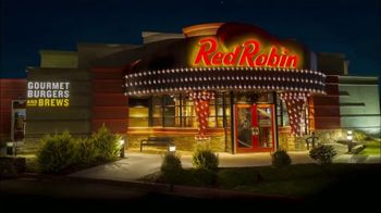 Red Robin TV Spot, 'Holidays: Bright Spot' - Thumbnail 2