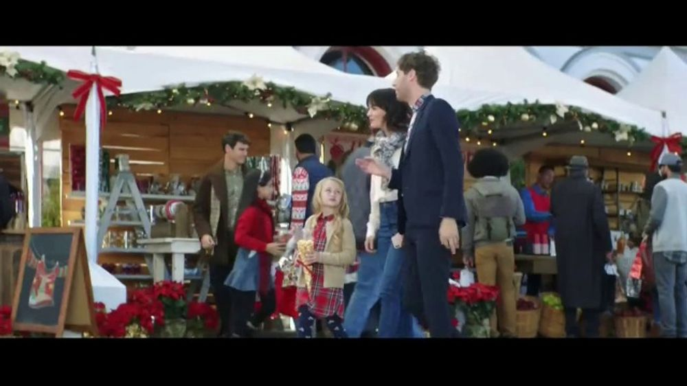 Verizon Christmas Commercial 2019 Verizon TV Commercial, 'Best' Featuring Thomas Middleditch   iSpot.tv