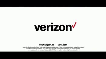 Verizon TV Spot, 'Best' Featuring Thomas Middleditch - Thumbnail 10