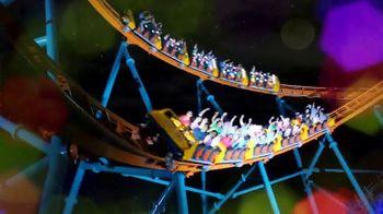 Six Flags Cyber Sale TV Spot, 'Millions of Lights: Cyber Monday' - Thumbnail 7