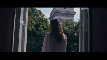 Yves Saint Laurent Mon Paris TV Spot, 'Follow Me' Song by Sébastien Tellier - Thumbnail 5