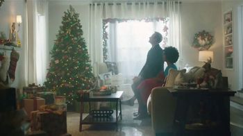 JCPenney TV Spot, 'Holidays: Sprucing Up' Featuring Carson Kressley - Thumbnail 10