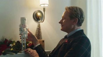 JCPenney TV Spot, 'Holidays: Sprucing Up' Featuring Carson Kressley - Thumbnail 8