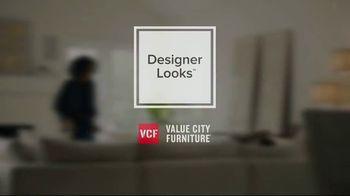 Value City Furniture Pre-Black Friday Sale TV Spot, 'Head Start on Holidays' - Thumbnail 2